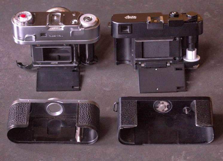 Wer hat da bei wem abgeschaut? Braun Super Paxette II (links) und Leica CL mit abgenommener Rückwand