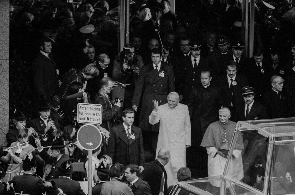 Papst Johannes Paul II am Münchner Hauptbahnhof - 19.11.1980